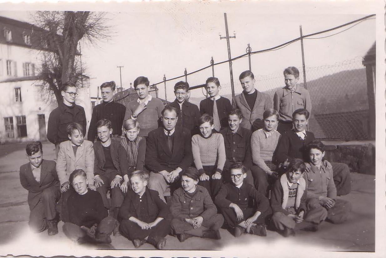 Classe de Monsieur KATGELY en 1949-50